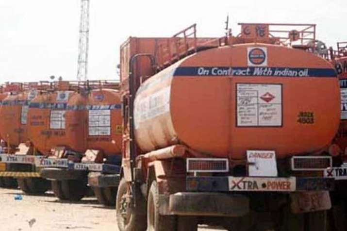 Eight people arrested for stealing aviation fuel from tankers on Yamuna Expressway- India TV