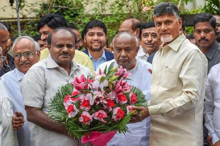 Uniting opposition to save democracy, says Chandrababu Naidu post meeting with Deve Gowda, Kumaraswa- India TV