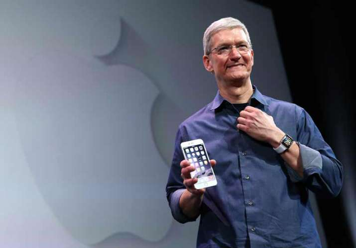 apple ceo tim cook- India TV Paisa
