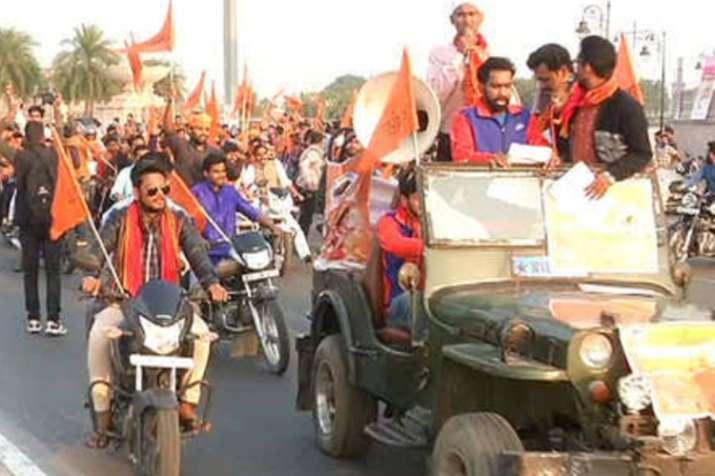 अयोध्या में धर्मसभा से पहले खौफ का आलम, कई मुस्लिम परिवार घर छोड़कर भागे- India TV