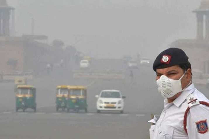 दिल्ली में हवा की गुणवत्ता गंभीर, पेट्रोल और डीजल गाड़ियां हो सकती हैं बैन- India TV