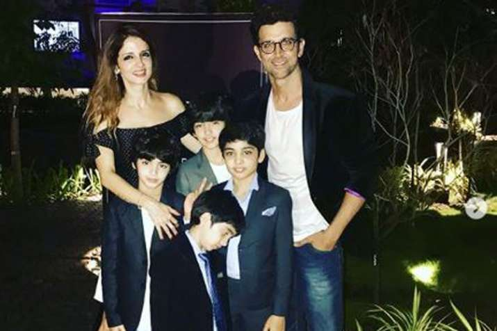 Hrithik Roshan and Sussanne Khan with kids- India TV