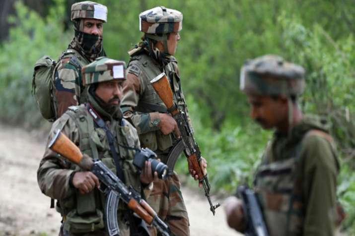 जम्मू-कश्मीर के शोपियां में पूर्व SPO समेत 3 का अपहरण- India TV