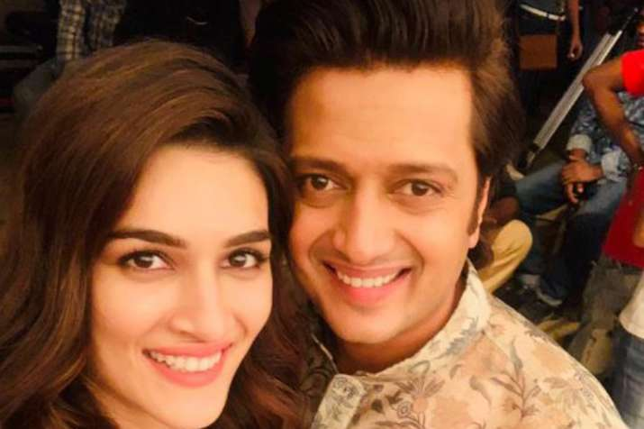 Kriti Sanon, Riteish Deshmukh- India TV
