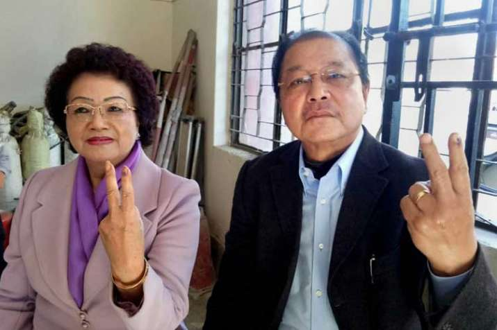Mizoram Chief Minister Lal Thanhawla and his wife Lal...- India TV