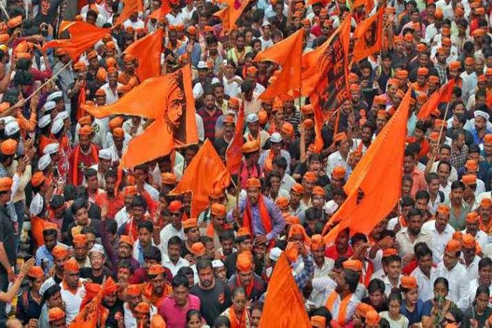 fadnavis cabinet passes maratha reservation bill- India TV