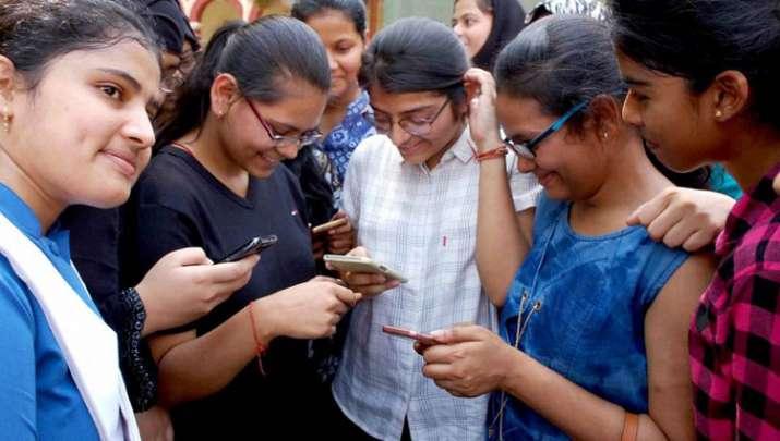 mobile subscribers- India TV Paisa