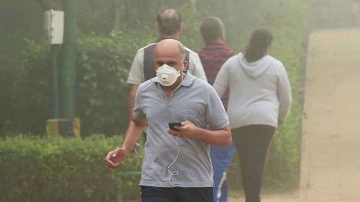 Delhi air not supportive for morning walk - India TV