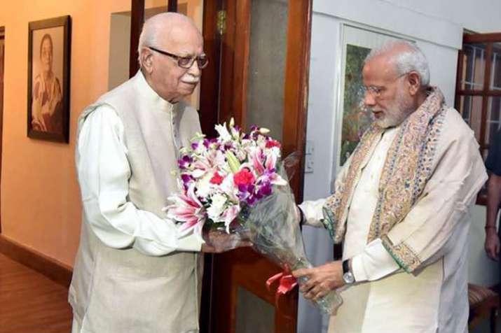 प्रधानमंत्री मोदी, भाजपा अध्यक्ष अमित शाह ने आडवाणी को 91वें जन्मदिन की शुभकामनाएं दी- India TV