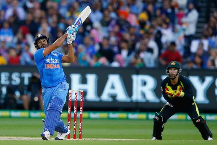 अकेले रोहित शर्मा ने जड़ दिए इतने छक्के जितने ऑस्ट्रेलिया की पूरी टीम भी नहीं लगा सकी- India TV