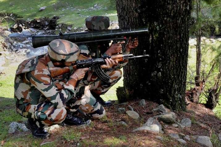 जम्मू-कश्मीर के शोपियां में मारे गए दो आतंकी, पिछले एक महीने में 45 आतंकियों का सफाया- India TV