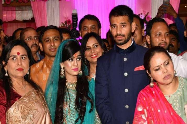 ब्रज में दो दिन बिताकर दिल्ली पहुंचे तेजप्रताप, घर लौटने की रखी शर्त- India TV