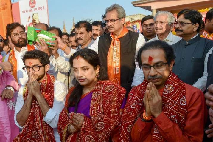 राजनीति करने नहीं, सोये कुंभकर्ण को जगाने आया हूं : उद्धव ठाकरे - India TV