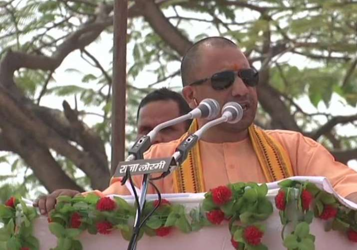 Yogi Adityanath targates congress on Ram Mandir issue - India TV