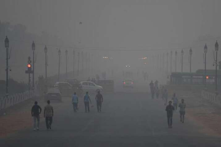 Delhi's air quality remains 'severe' for 4th consecutive day - India TV