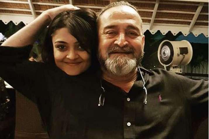 Mahesh Manjrekar with Daughter Ashwami- India TV