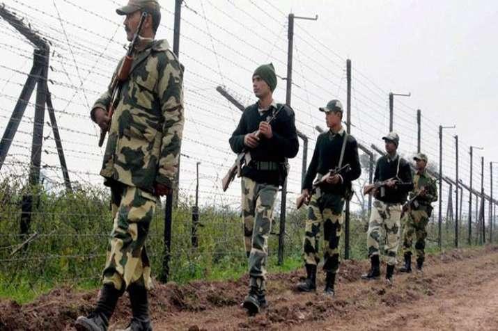 पाकिस्तान सैनिकों ने किया संघर्ष विराम का उल्लंघन- India TV