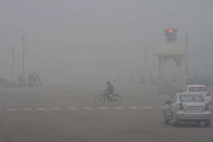 दिल्ली में शिमला से ज्यादा ठंड, तापमान 4 डिग्री सेल्सियस तक गिरने की संभावना- India TV