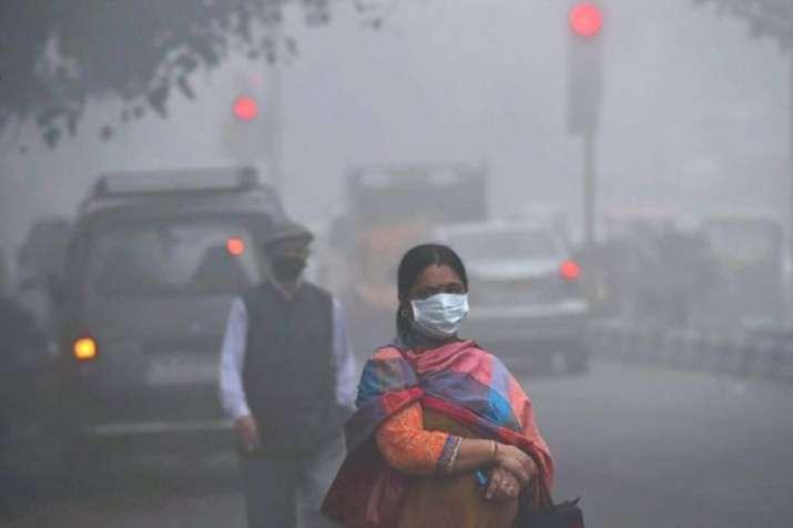 दिल्ली में सुबह धुंध छाई, वायु गुणवत्ता 'बेहद खराब'- India TV