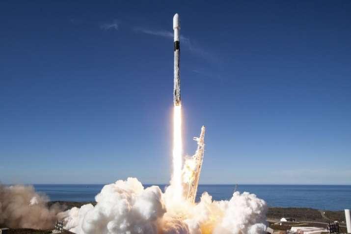 स्पेसएक्स ने फाल्कन 9...- India TV