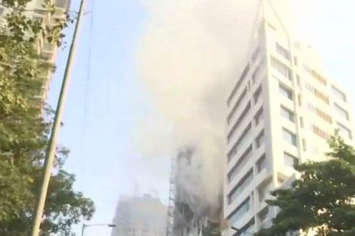 मुंबई में कमला मिल के...- India TV