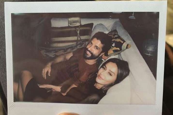 Shibani Dandekar shares one more picture with Farhan Akhtar- India TV