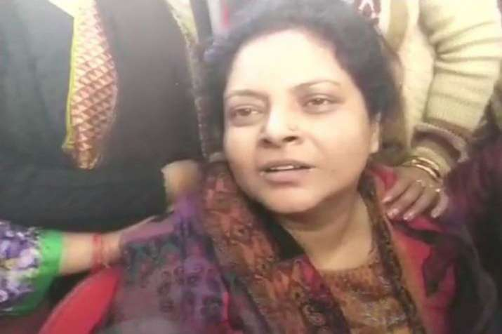 Bulandshahr mob violence: Justice will be done only if my husband's murderers are killed, says wife - India TV