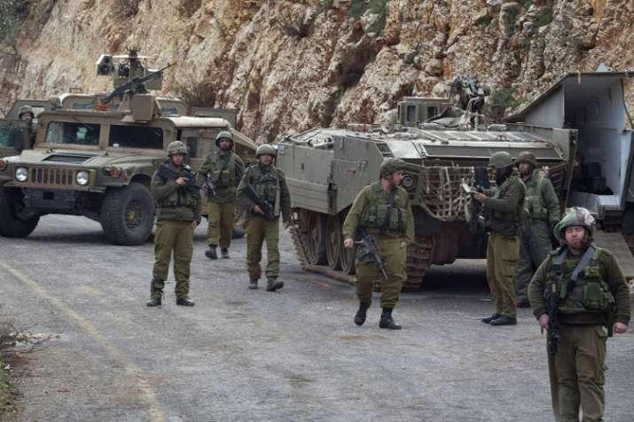 Israeli forces kill Palestinian at West Bank roadblock- India TV