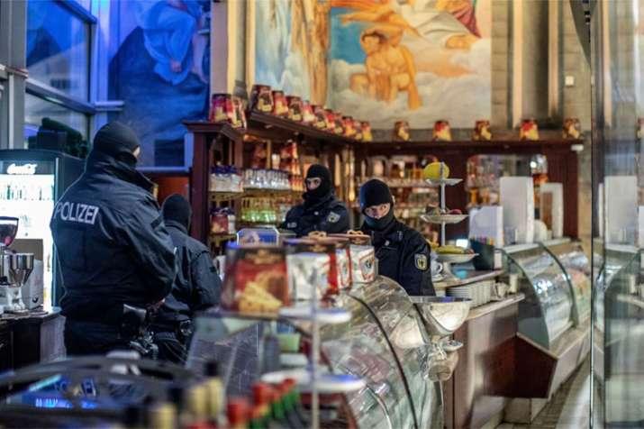 Police arrest 84 in European crackdown on Italian mafia | AP- India TV