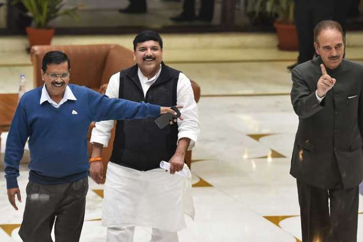Arvind Kejriwal, Sanjay Singh and Congress leader Ghulam...- India TV