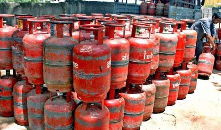 lpg cylender- India TV Paisa