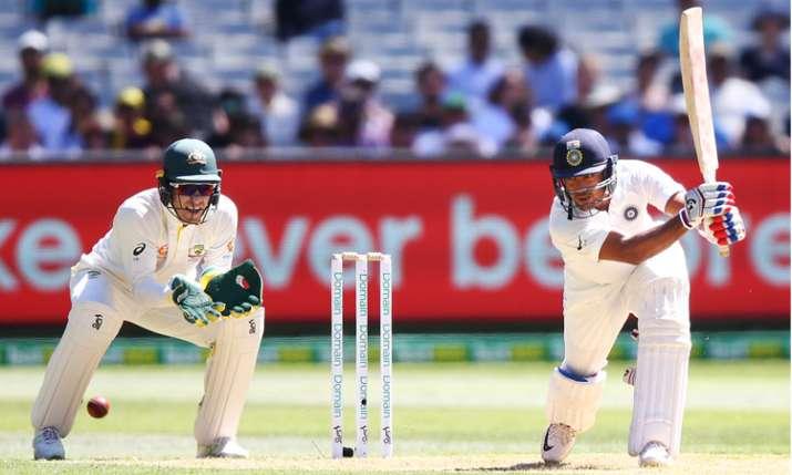 डेब्यू मैच में शानदार पारी खेलने के बाद बोले मयंक- भावानाओं को काबू में रखकर एकाग्र होना आसान नहीं थ- India TV