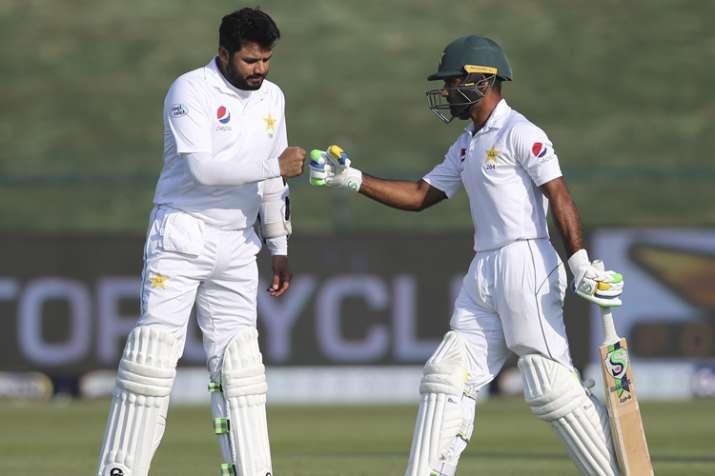 अबु धाबी टेस्ट: अजहर अली के दम पर पाकिस्तान का स्कोर 139/3- India TV