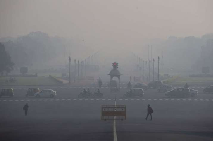 Delhi's air quality remains 'severe' for the fourth consecutive day | PTI File- India TV