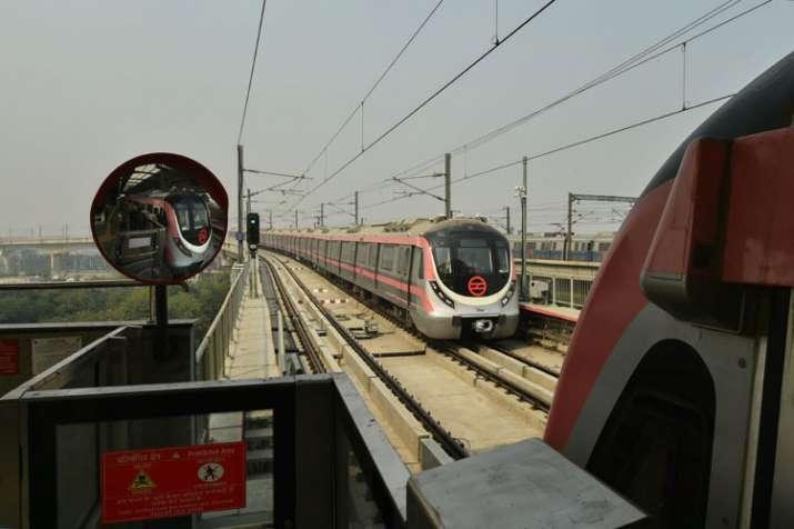 Pink Line Metro- India TV