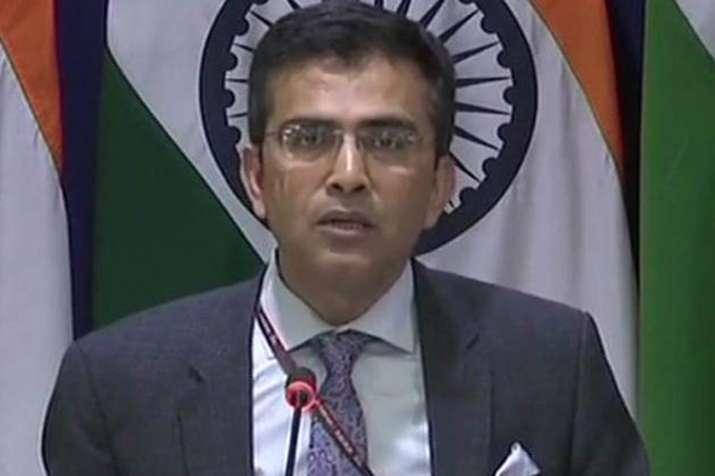 पाकिस्तान करतारपुर मुद्दे का राजनीतिकरण करने की कोशिश कर रहा: भारत- India TV