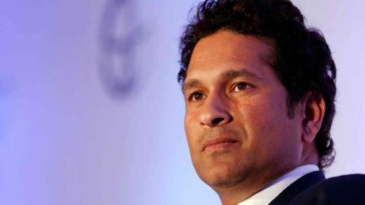 पर्थ की पिच को 'औसत' बताने पर सचिन तेंदुलकर ने की ICC की आलोचना, इन क्रिकेटर्स ने भी 'लताड़ा'- India TV