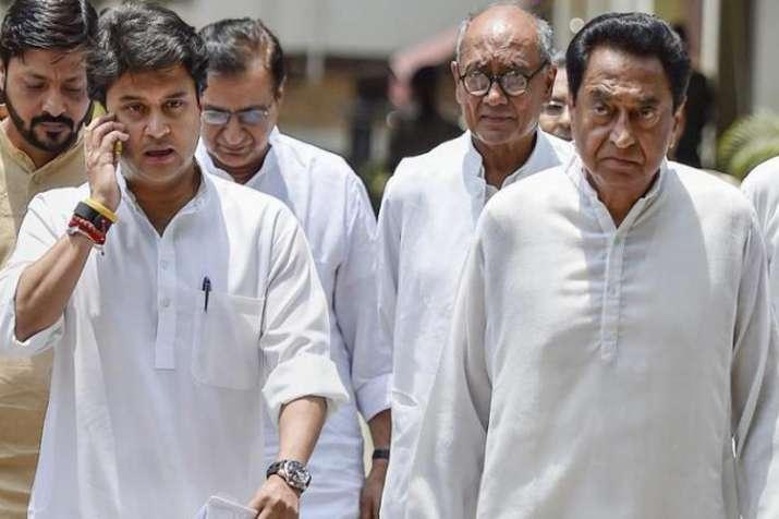 इंदिरा गांधी का 'तीसरा बेटा' या ज्योतिरादित्य सिंधिया, कौन होगा मध्य प्रदेश का अगला मुख्यमंत्री?- India TV