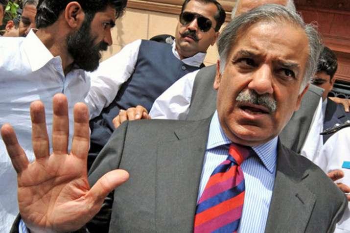 शाहबाज की हिरासत को बढ़ाने की एनएबी की मांग को अदालत ने किया खारिज, न्यायिक हिरासत में भेजा - India TV