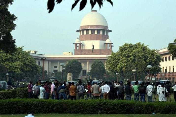 सांसदों, विधायकों के खिलाफ करीब 4,000 आपराधिक मामले लंबित - India TV