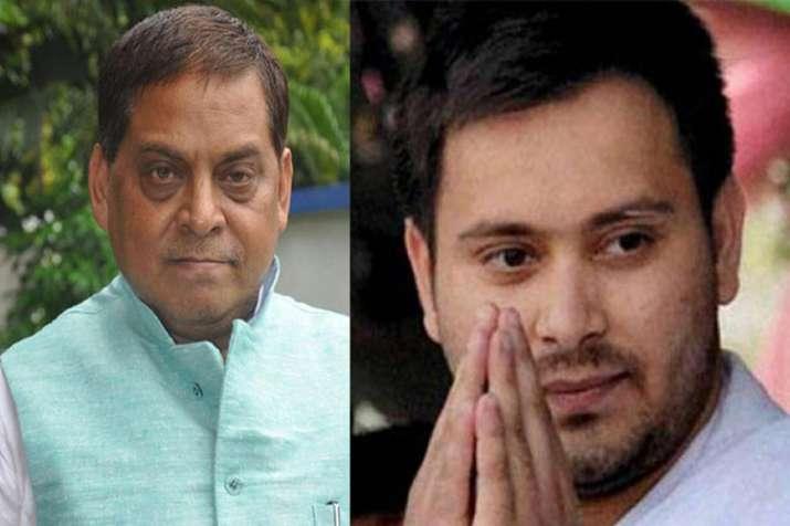 बिहार: तेजप्रताप के घर नहीं लौटने पर जद (यू) ने तेजस्वी को पढ़ाया नैतिकता का पाठ- India TV