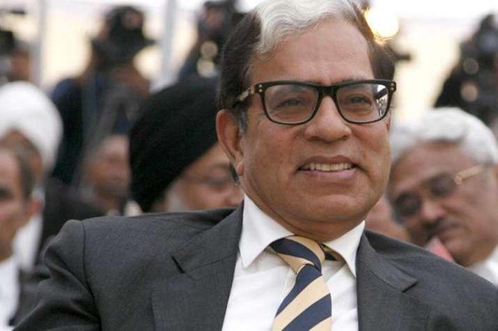 न्यायमूर्ति सीकरी ने सीबीआई अंतरिम निदेशक मामले की सुनवाई से खुद को अलग किया - India TV