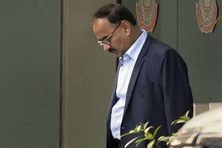 77 दिन बाद मिली कुर्सी, 48 घंटे में ही छुट्टी; आलोक वर्मा को हटाए जाने की इनसाइड स्टोरी- India TV