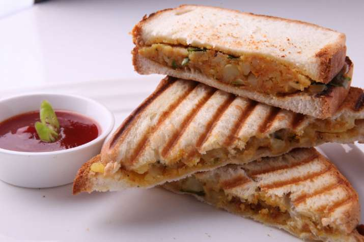 Aloo Sandwich - India TV