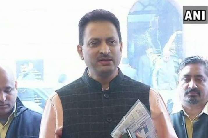 सबरीमाला में महिलाओं के प्रवेश पर बोले केंद्रीय मंत्री अनंत कुमार-हिंदुओं का दिनदहाड़े रेप हुआ- India TV