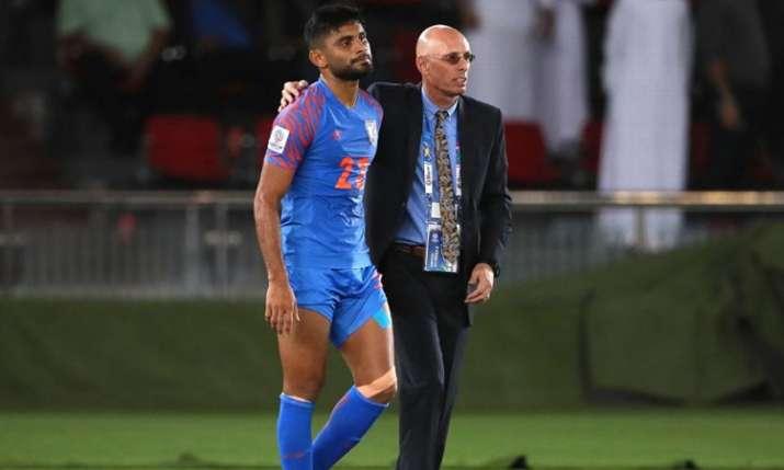 भारतीय सेंटर बैक अनस ने अंतर्राष्ट्रीय फुटबाल से संन्यास लिया- India TV