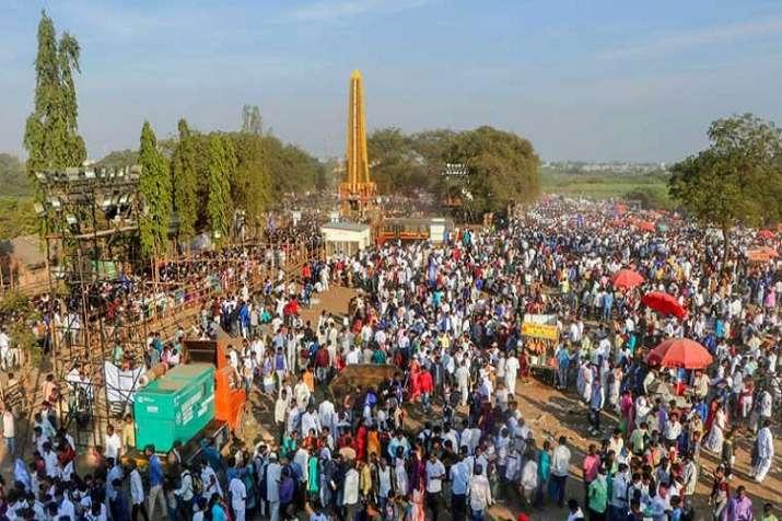 कोरेगांव भीमा लड़ाई...- India TV