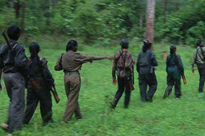 बिहार में नक्सलियों ने मुखबिरी करने के संदेह में 2 लोगों की गोली मारकर हत्या की- India TV