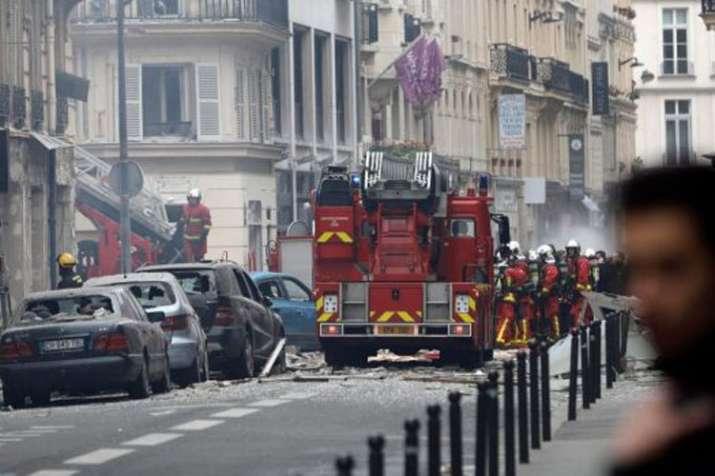 Huge blast at Paris bakery leaves several injured- India TV