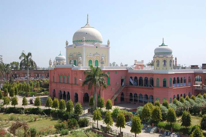Darul Uloom Deoband directs students to avoid railway journey on Republic Day- India TV